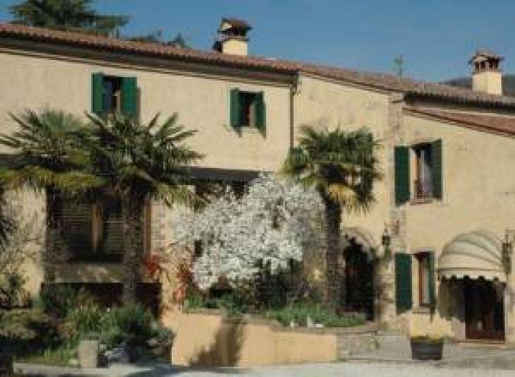 Agriturismo podere villa alessi cinto euganeo veneto for Alessi casa