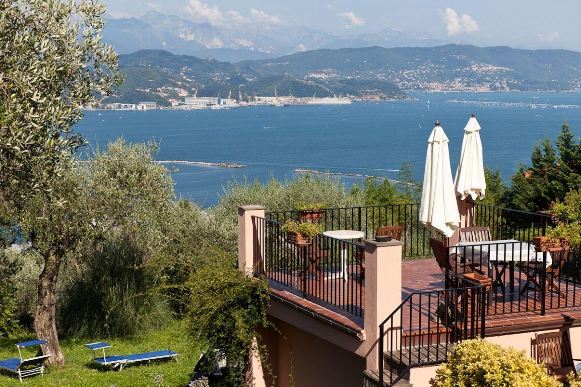 Farm-house Terrazza Sul Golfo (La Spezia, Liguria)
