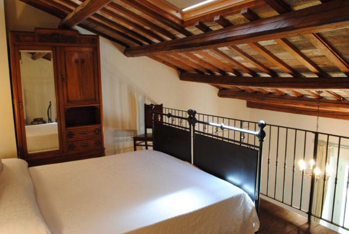 Country house il pignocco pesaro marche - Soppalchi in legno per camere da letto ...