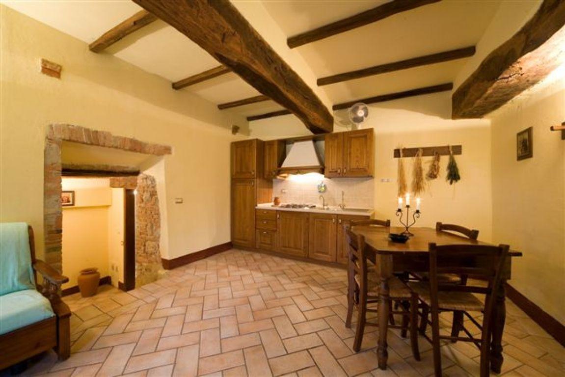 Agriturismo Antico Borgo Poggiarello - Monteriggioni (Toscana)