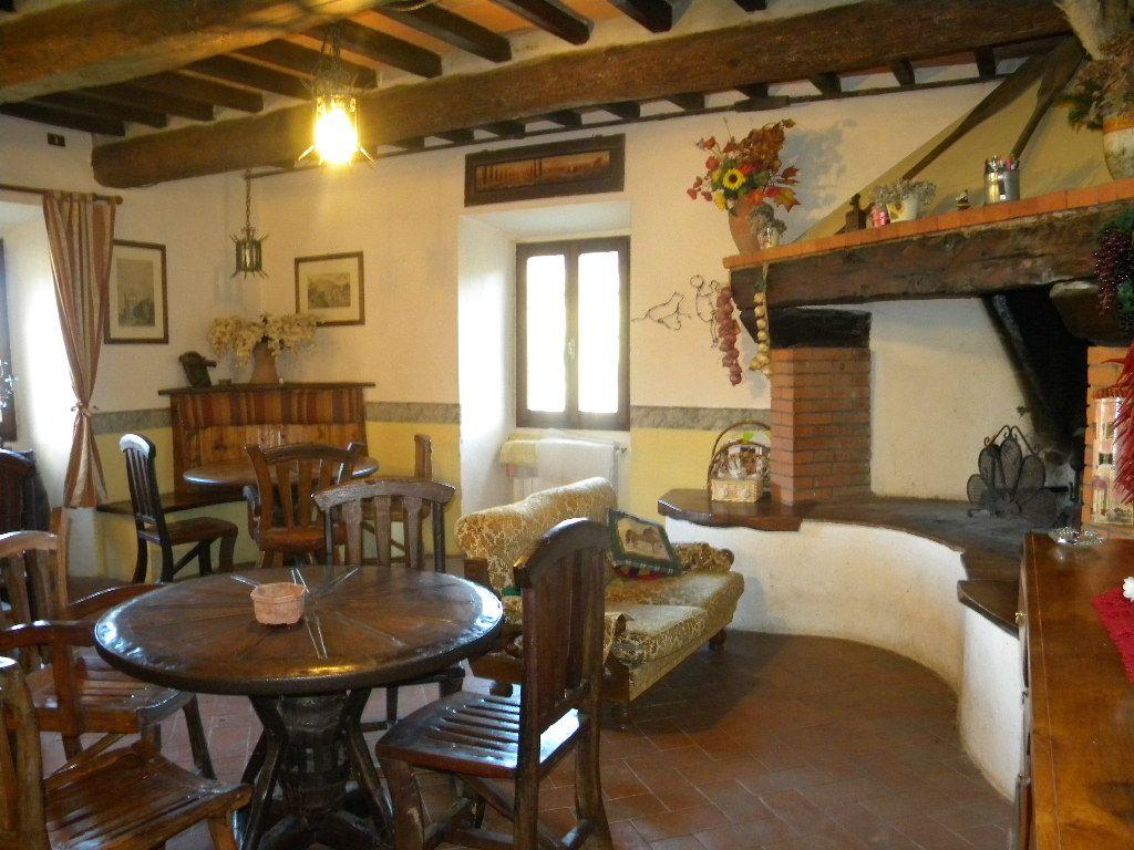 Agriturismo villaterreno rufina toscana for Foto di interni di case belle