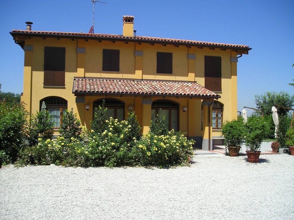 Agriturismo borgo delle vigne zola predosa emilia romagna for Alberghi zola predosa