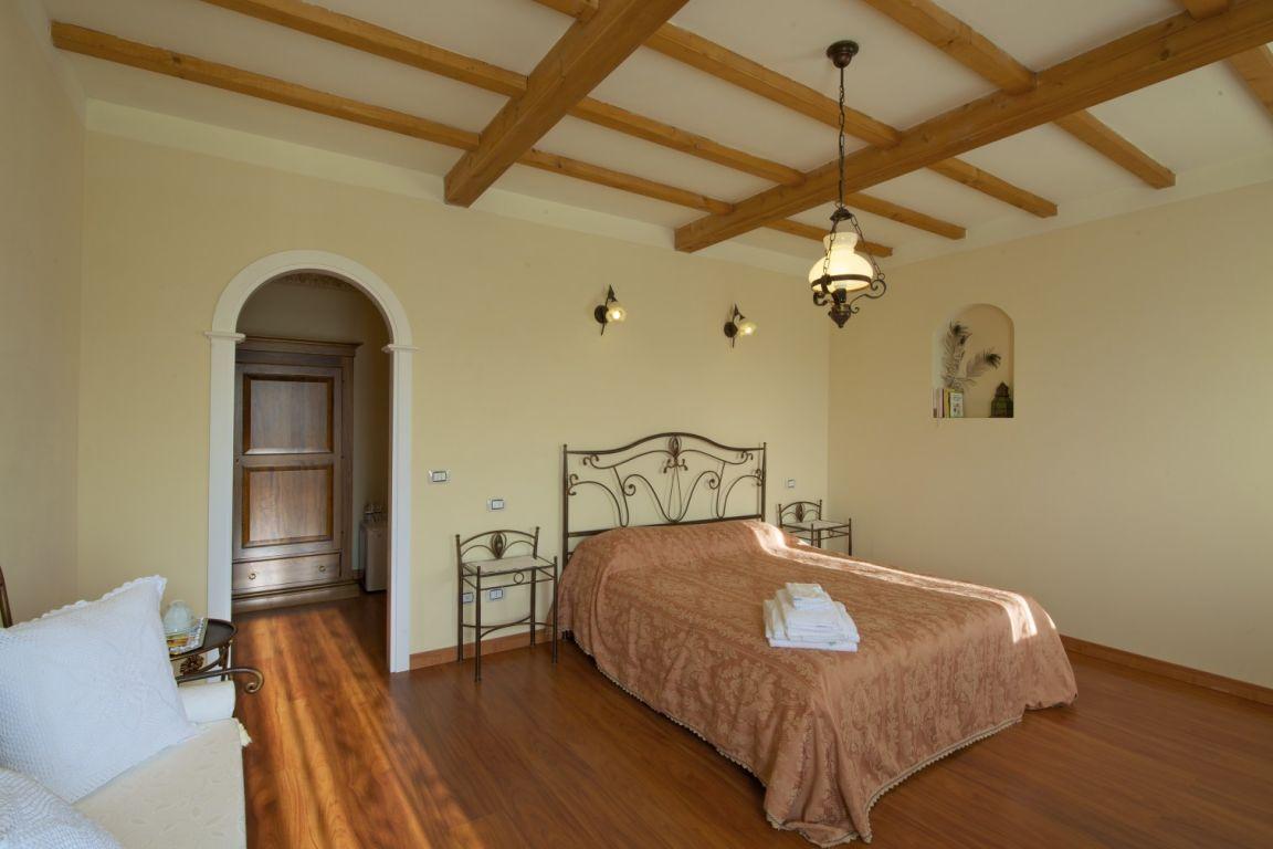 Bed and breakfast corte bertoia san benedetto po lombardia for Foto di arredamenti