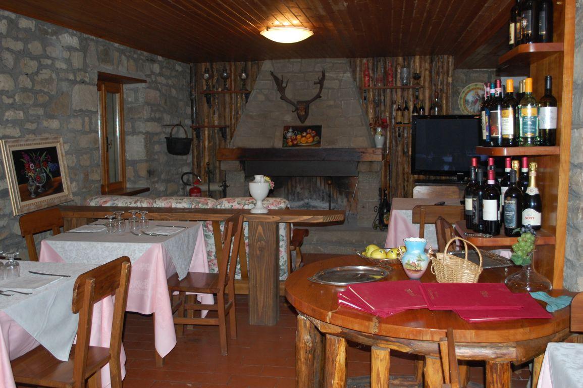 Agrihotel bagni di cetica castel san niccolò toskana