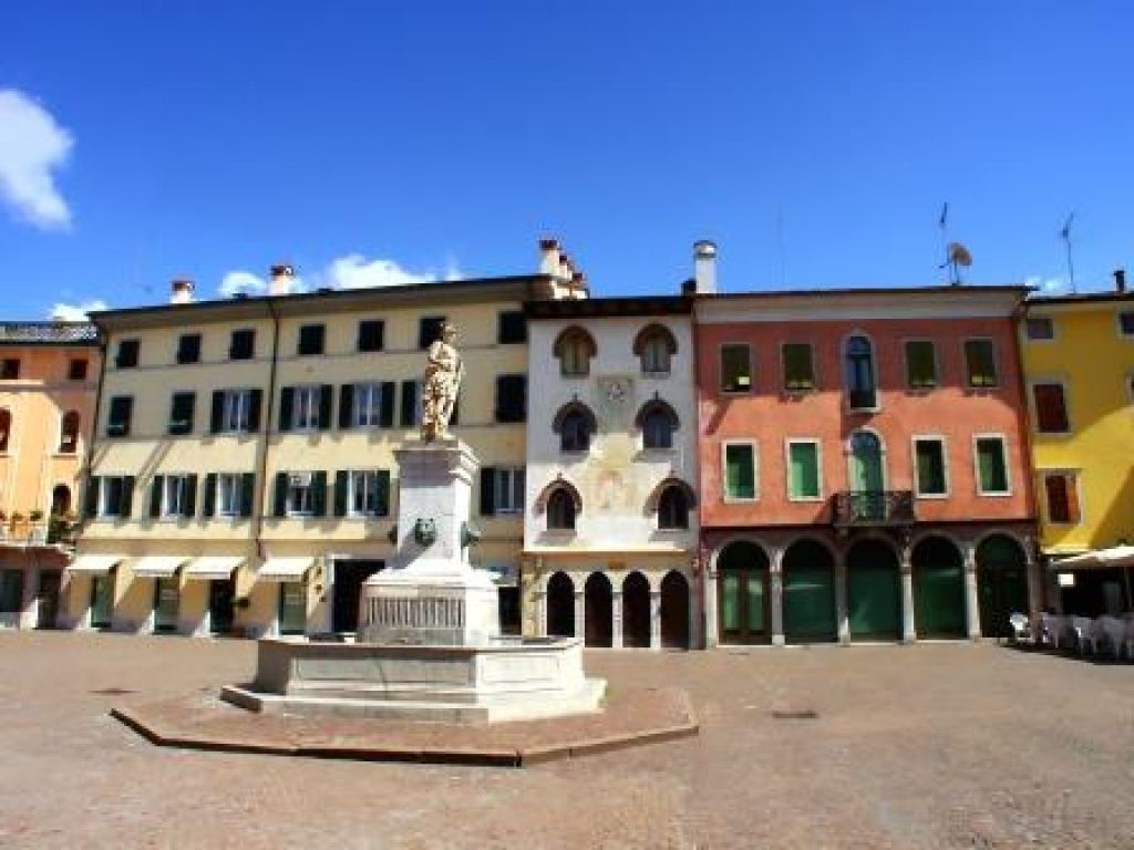 Agriturismo il roncal cividale del friuli friuli venezia for Piazza del friuli