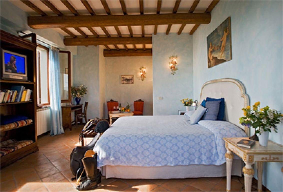 Farm-house Il Poggio (San Casciano dei Bagni, Tuscany)